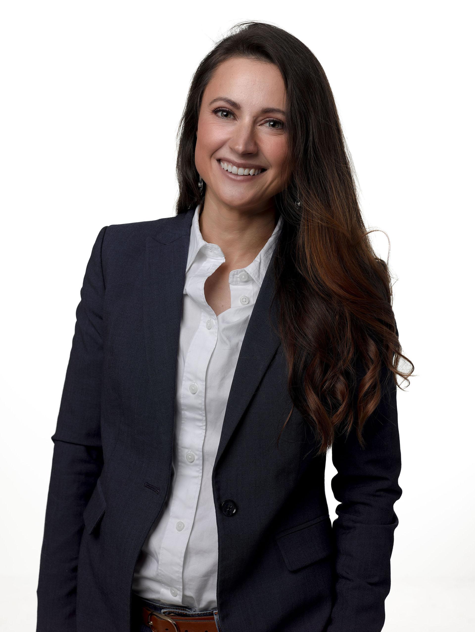 Adrienne Stolpe